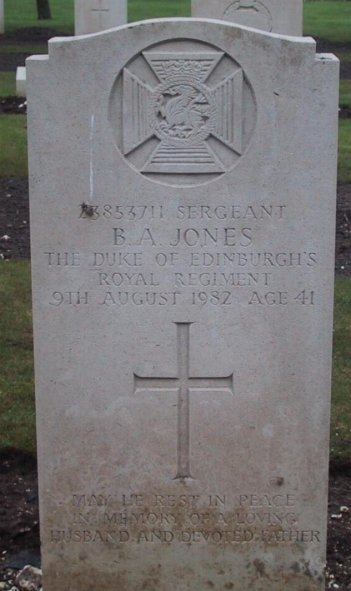 Grave sgt B A Jones - Clcik to enlarge
